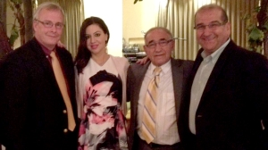 Il sindaco di Oshawa, John Henry, Alessandro Magnone e Luigi Gravini