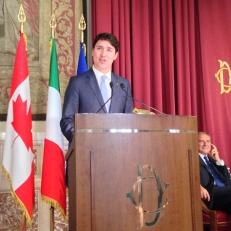 Il Primo Ministro nel corso della conferenza alla Camera dei Deputati