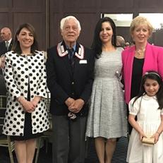 Da sinistra a destra: Gen. Angiolo Pellegrini, sig.ra. Tommaseo, presidente dell'ANC di Toronto, Tonino Giallonardo, l'on. Judy Sgro con la piccola Benedetta, Lt. Col. CC Giorgio Tommaseo dell'Ambasciata d'Italia ad Ottawa