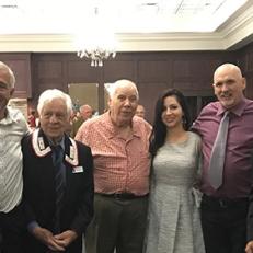 Il presidente dell'Associazione Nazionale Carabinieri Sezione Toronto, Tonino Giallonardo, e membri della comunità